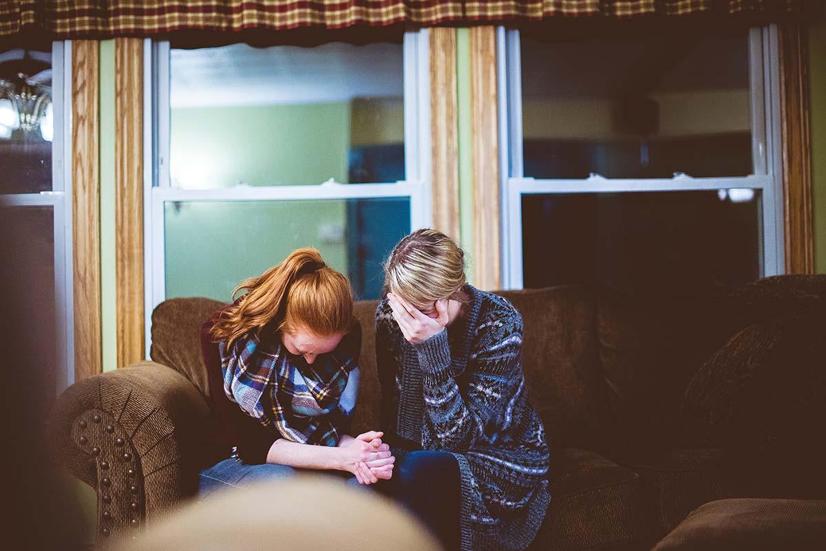 family-praying.jpg